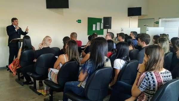 Cultos especiais com autoridades - Linhares, ES - galerias/5035/thumbs/07.jpg