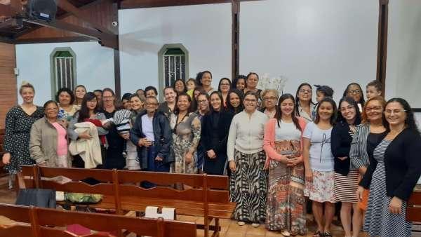 Ceias em Igrejas Cristã Maranata - dezembro de 2019 - galerias/5037/thumbs/32-senhoras-da-área-osasco-são-paulo-18-1.jpg