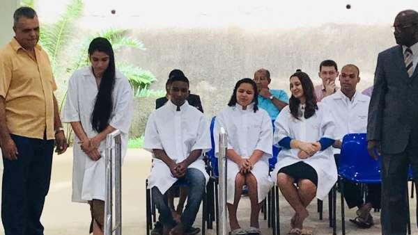 Batismos - Dezembro de 2019 - galerias/5038/thumbs/010-ibc-zumbi-e-bandeira-cachoeiro-01-1.jpeg