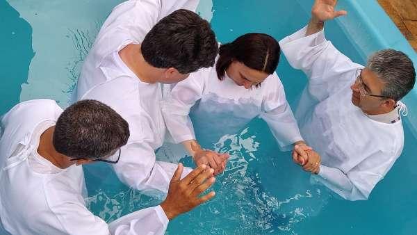 Batismos - Dezembro de 2019 - galerias/5038/thumbs/018-em-guaíra--paraná-01-4.jpeg