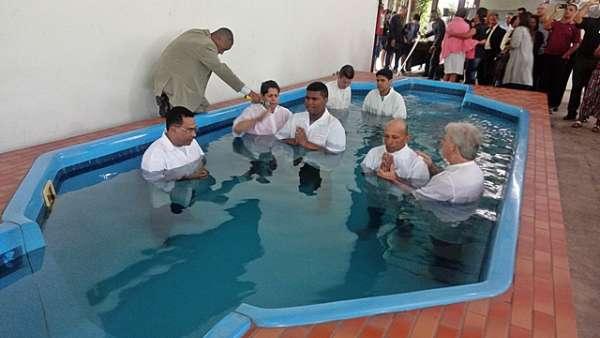 Batismos - Dezembro de 2019 - galerias/5038/thumbs/048.jpg