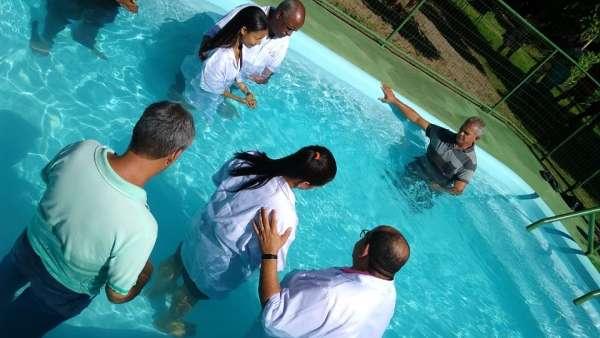 Batismos - Dezembro de 2019 - galerias/5038/thumbs/094-área-de-lauro-de-freitas-ba-21-3.jpg