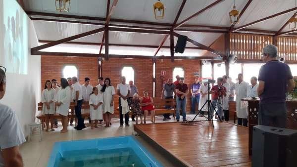 Batismos - Dezembro de 2019 - galerias/5038/thumbs/099.jpg