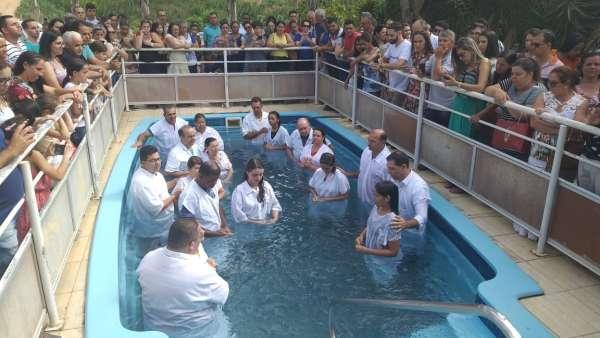 Batismos - Dezembro de 2019 - galerias/5038/thumbs/122-lajinha-mg-22-1.jpeg