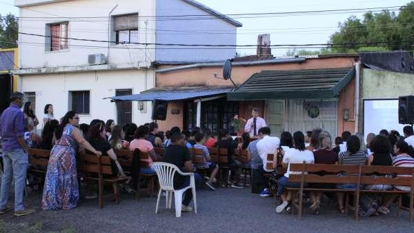 Trabalho Evangelístico no Uruguai - galerias/5044/thumbs/06.JPG