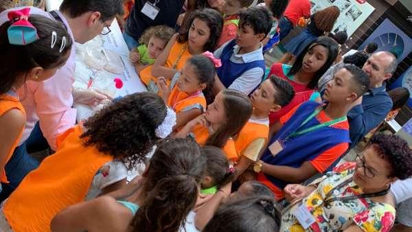 Feira de Ciência, Tecnologia e Meio Ambiente no seminário Unidos e Família - galerias/5051/thumbs/11.jpeg