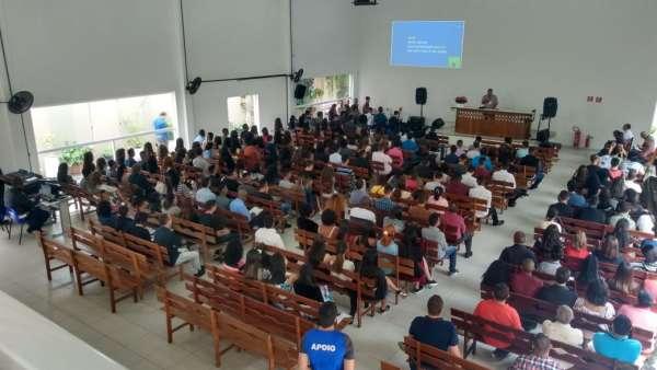 Seminário de Jovens sobre Ciência e Fé - galerias/5053/thumbs/08-anfiteatro-de-guarulhos.jpeg