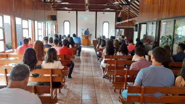 Seminário de Jovens sobre Ciência e Fé - galerias/5053/thumbs/20.jpg