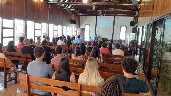 Seminário de Jovens sobre Ciência e Fé - galerias/5053/thumbs/21.jpg