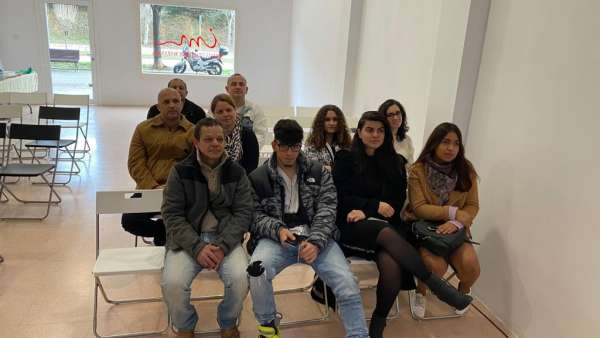 Seminário de Jovens sobre Ciência e Fé - galerias/5053/thumbs/39.jpeg