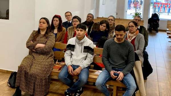 Seminário de Jovens sobre Ciência e Fé - galerias/5053/thumbs/43.jpeg