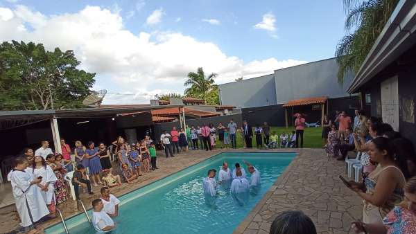 Batismos - Janeiro 2020 - galerias/5054/thumbs/19santa-barbara-doeste---sp-19-1.jpg