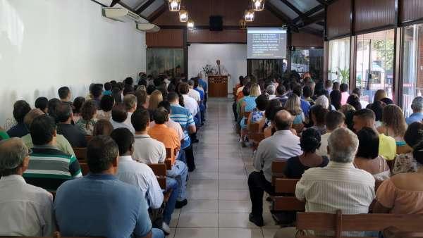 Culto com os visitantes do evento Trombetas e Festas, um alerta - galerias/5062/thumbs/01.jpg