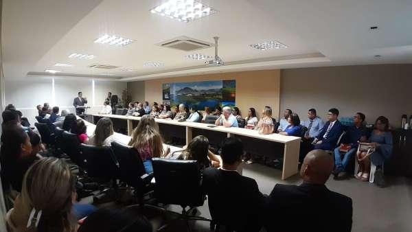 Cultos da Igreja Cristã Maranata com autoridades - Serra e Linhares, ES - galerias/5063/thumbs/11linhares.jpeg