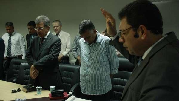 Cultos da Igreja Cristã Maranata com autoridades - Serra e Linhares, ES - galerias/5063/thumbs/13linhares.jpeg