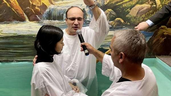 Batismo, Seminário de CIA'S e Ceia em Winnipeg, Canadá - galerias/5074/thumbs/01.jpg