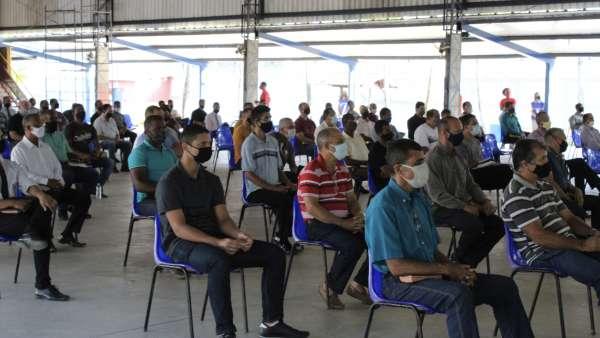 Reunião de obreiros, diáconos e pastores no Maanaim de Terra Vermelha, Vila Velha, ES - galerias/5081/thumbs/03.jpg