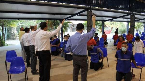 Reunião de obreiros, diáconos e pastores no Maanaim de Terra Vermelha, Vila Velha, ES - galerias/5081/thumbs/09.jpg