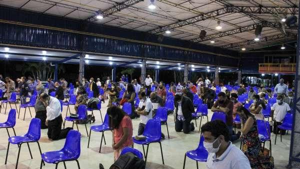 Evento com Grupo de Intercessão e Obreiros e Terra Vermelha, Vila Velha, ES - galerias/5084/thumbs/01.jpg