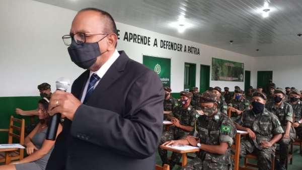 Cultos com Oficiais do Exército Brasileiro - galerias/5085/thumbs/breves01.jpeg