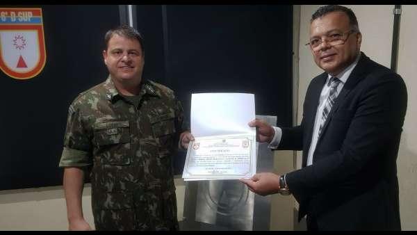 Cultos com Oficiais do Exército Brasileiro - galerias/5085/thumbs/salvador04.jpeg
