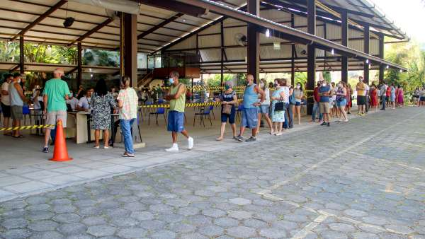 Vacinação contra Covid-19 e Influenza no Maanaim da Rodoviária, em Vitória ES - galerias/5093/thumbs/02.jpg