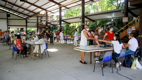Vacinação contra Covid-19 e Influenza no Maanaim da Rodoviária, em Vitória ES - galerias/5093/thumbs/05.jpg