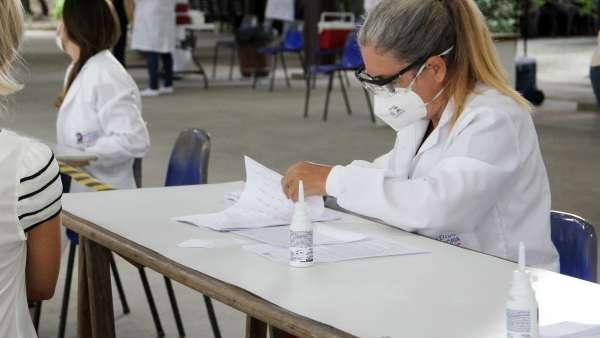 Vacinação contra Covid-19 e Influenza no Maanaim da Rodoviária, em Vitória ES - galerias/5093/thumbs/14.jpg