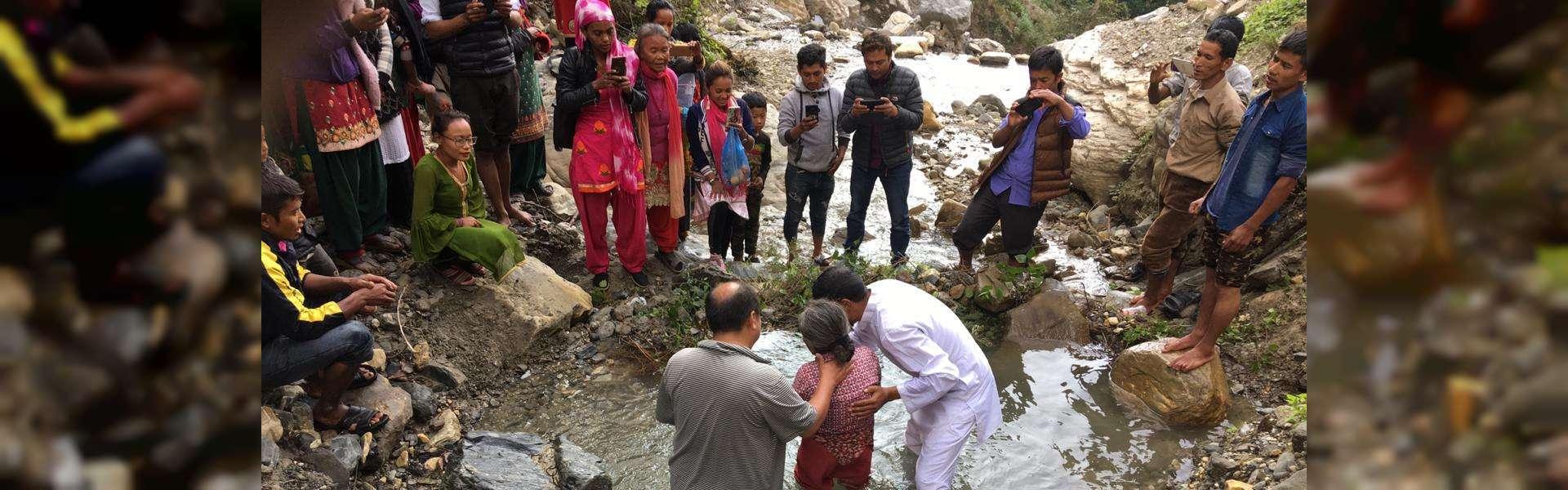 Exterior: Testemunho sobre a obra em Nepal