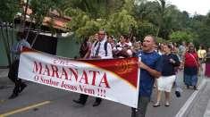 Igrejas Cristã Maranata levam a mensagem de salvação em atividades evangelísticas