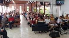 Reuniões especiais com enfoque na vida espiritual do jovem são realizadas por Igrejas Cristã Maranata