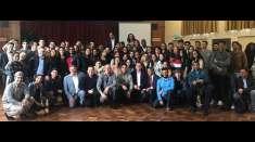 Programação especial reúne jovens em Birmingham, Inglaterra