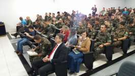 Culto é realizado no Batalhão Ferroviário de Araguari (MG)  - 04-cd7fb.jpg