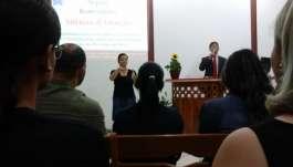 Igreja Cristã Maranata de Piabetá (RJ) realiza culto de encerramento da Oficina de Libras - 04-libraspiabetaencerramento1011.jpg