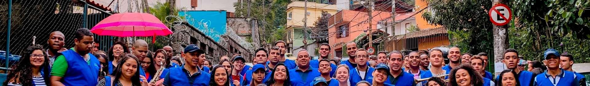 Trabalho evangelístico na comunidade da Rocinha, RJ: mais uma Igreja Cristã Maranata é consagrada no local