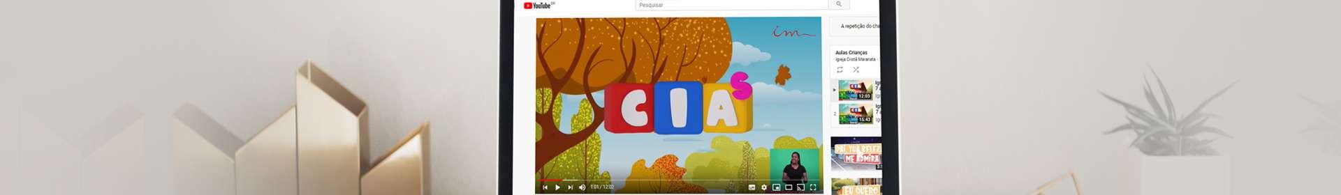 Entenda como consumir conteúdos infantis online da melhor forma: orientações especializadas