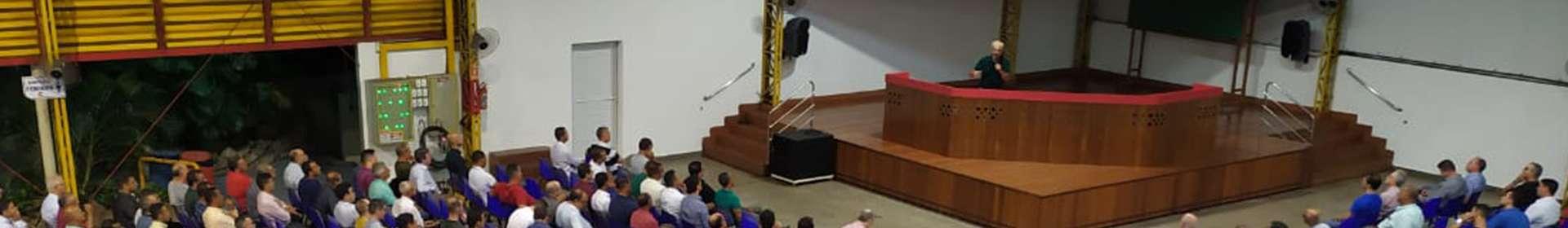 Tema ministério do novo pacto baseia reunião de obreiros da Igreja Cristã Maranata em Vila Velha, ES
