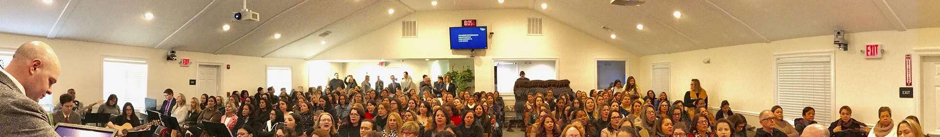 Massachusetts, EUA: Minisseminário reúne trezentas senhoras