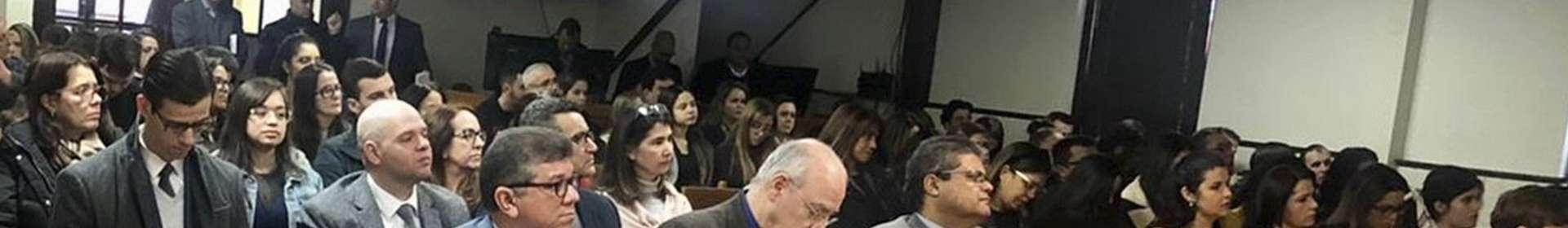 Seminários nos Estados Unidos envolvem experiências e testemunhos