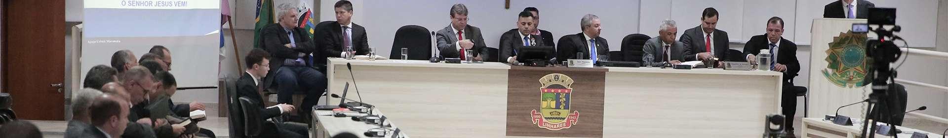 Igreja Cristã Maranata de Linhares recebe homenagem pelos 40 anos no município