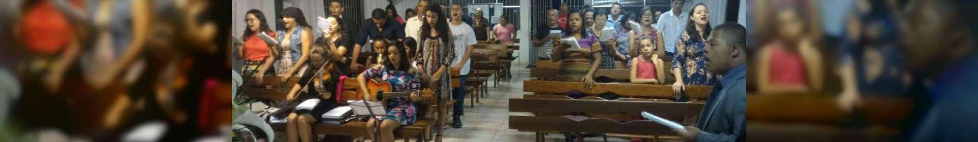 Jovens de Igrejas Cristã Maranata de Itaboraí (RJ) participam de uma programação especial