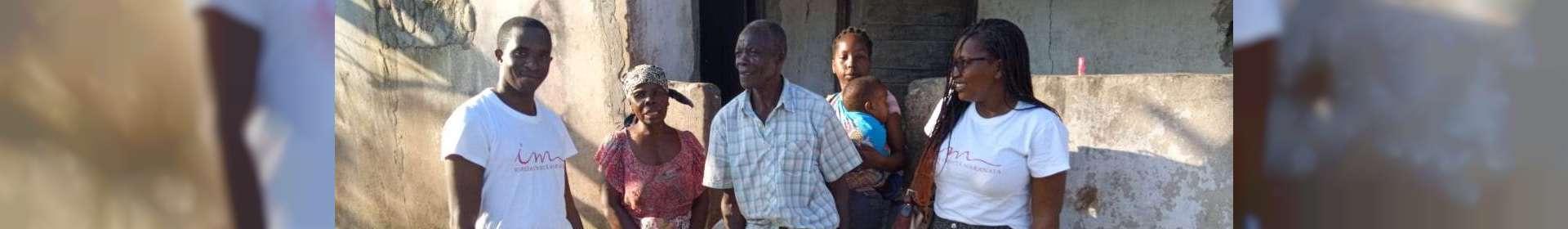 Membros da ICM em Beira, Moçambique, recebem doações enviadas de Maputo