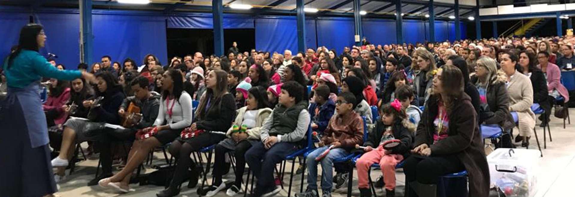 Primeiro seminário Unidos em Família no Maanaim de Queluz, SP