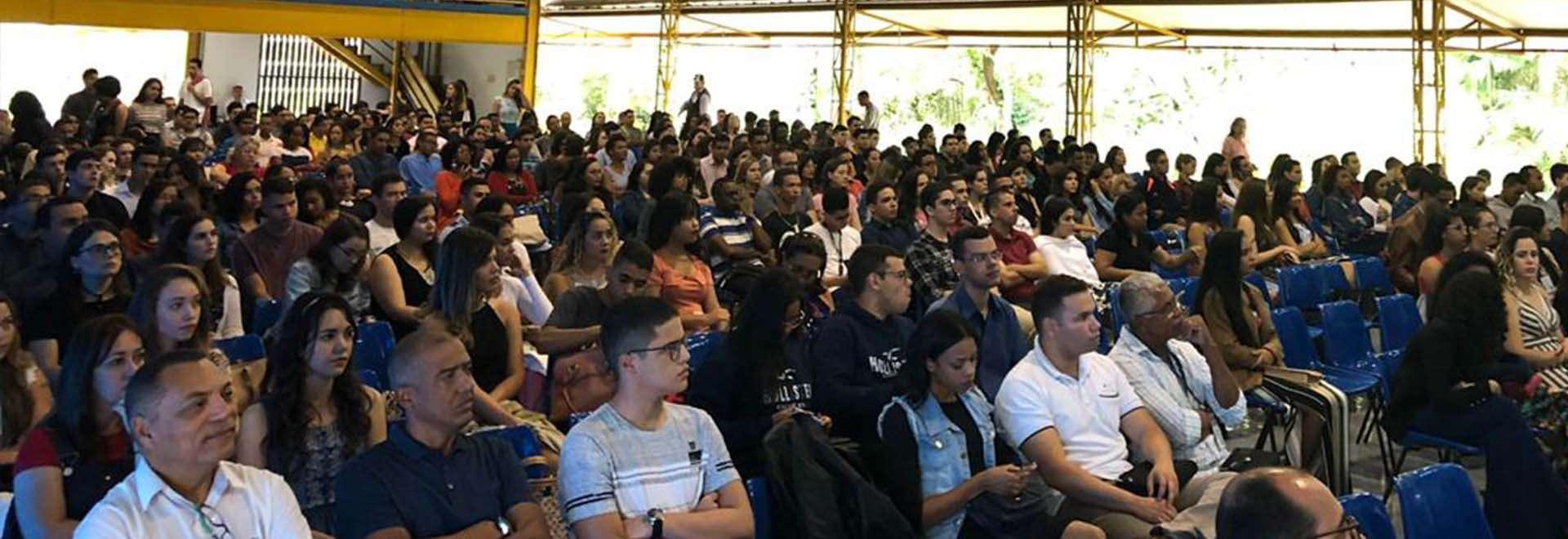 Seminário de jovens é transmitido no Brasil e Exterior