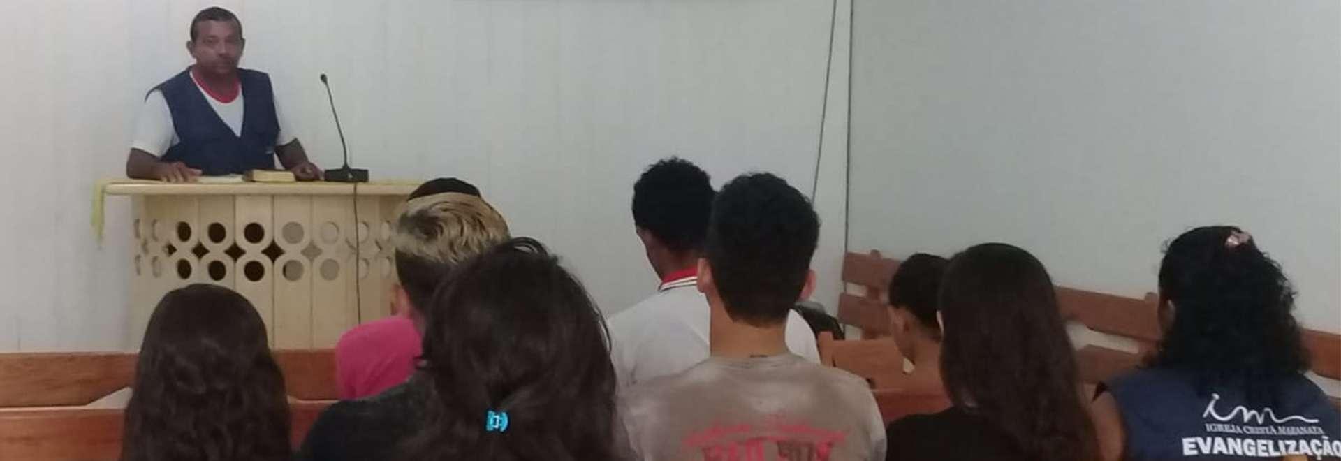 Membros da Igreja Cristã Maranata dão prosseguimento à assistência da Missão Amazônia