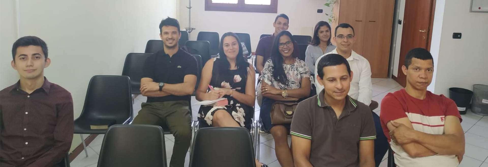Igrejas Cristã Maranata da Itália participam de seminário por transmissão via satélite e Internet